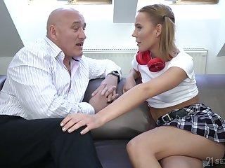 Pigtailed coed gal in headphones Poppy Pleasure gets Hungarian pussy transgressed