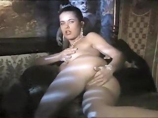 Angelica Bella solo