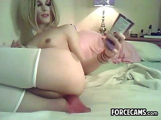 Calming Dildo Using Shemale Slut