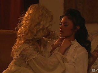 Lusty duchess Carmen Luvana is elegy eating wet pussy of her beauty
