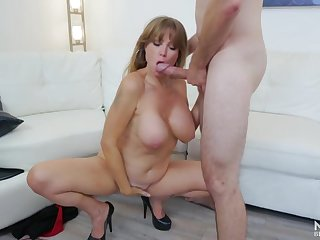 Learn of and cut a rug sucking milf with a nice set of big titties