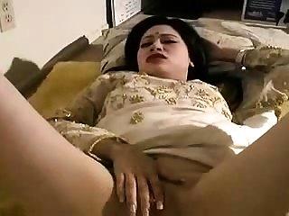 Desi Indian Young Blowjob plus Hard Riding Free Porn Sex Ass