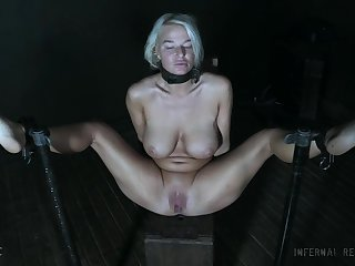 Peaches MILF London Well up wide a painful BDSM bondage abuse session