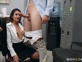 After a blowjob beautiful Katana Kombat  fucks relating to her lover