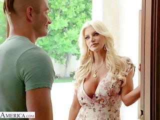 A guy gets seduced with an increment of fucked by his friend's gorgeous MILF stepmom