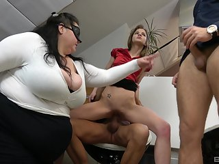 BBW shares the dicks with the skinny streetwalker in office orgy
