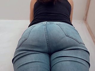 Fat Ass in Jeans, Painting a Wall