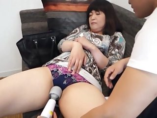 Ardent licking and pleasuring yon a vibrator makes her cum