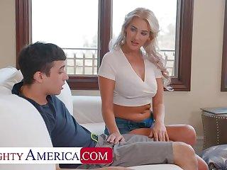 Naughty America: Hot Milf Jordan Maxx wants that young cock on PornHD