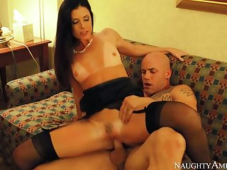India Summer fucking in the hotel with her small heart of hearts