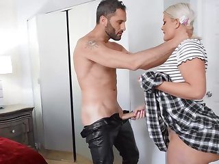 Blonde with huge ass blows the man's dong and takes it into cunt
